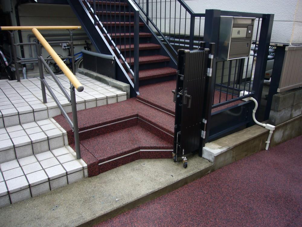山形市治療院階段
