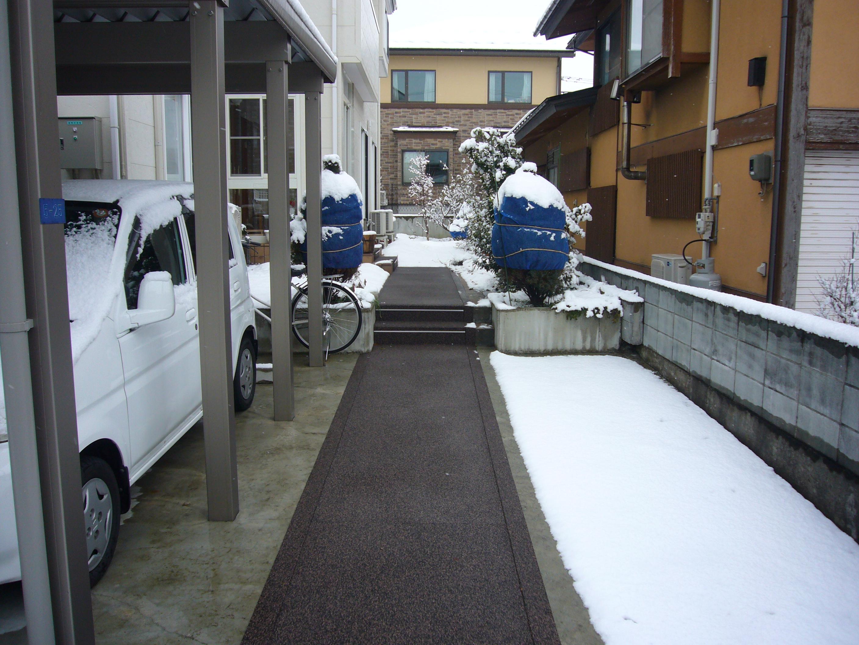 山形市住宅通路&階段融雪状況2013.12.28