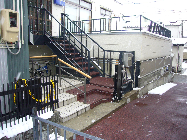 山形市治療院階段融雪状況2013.12.28